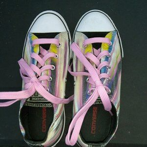 Converse Rainbow Colors Boys Or Girls Shoes Size 4